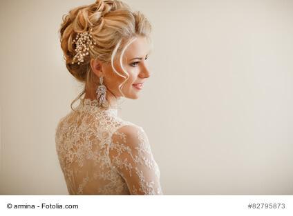 Die richtige Hochzeitsfrisur zum Kleid