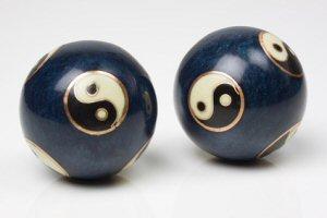 Qi Gong: Heilung durch Kugeln mit Übungen